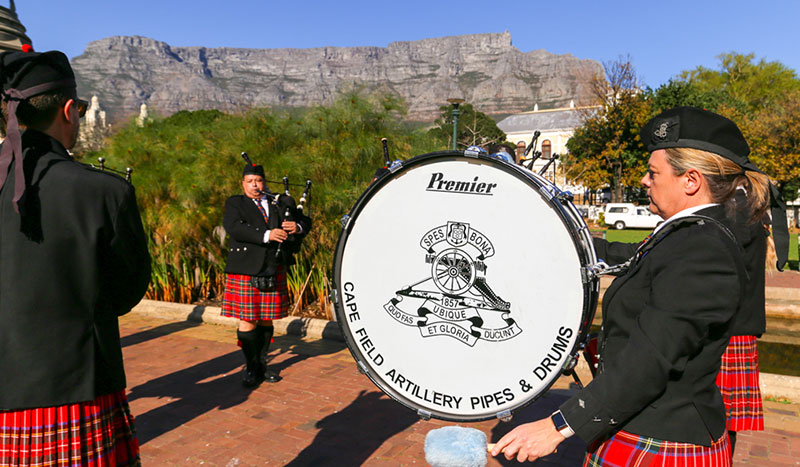 Nelson Mandela Artillery Pipes and Drums