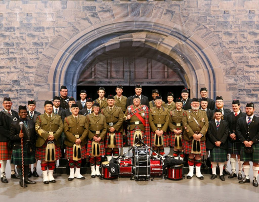 Nelson Mandela Artillery bagpipes and drums formal full band photo