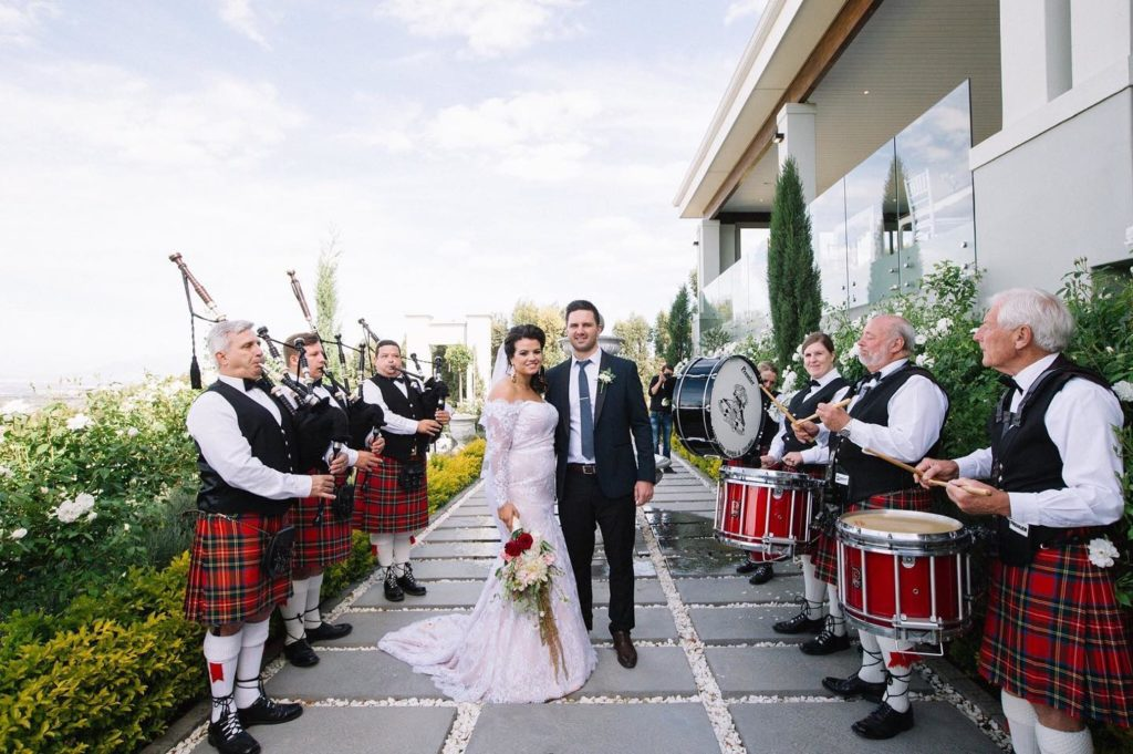 Nelson Mandela Artillery bagpipes and Drums playing at a wedding