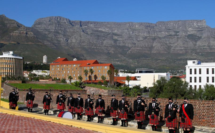 Nelson Mandela Artillery regiment standing at the Castle of Good Hope with Table Mountain as their backdrop